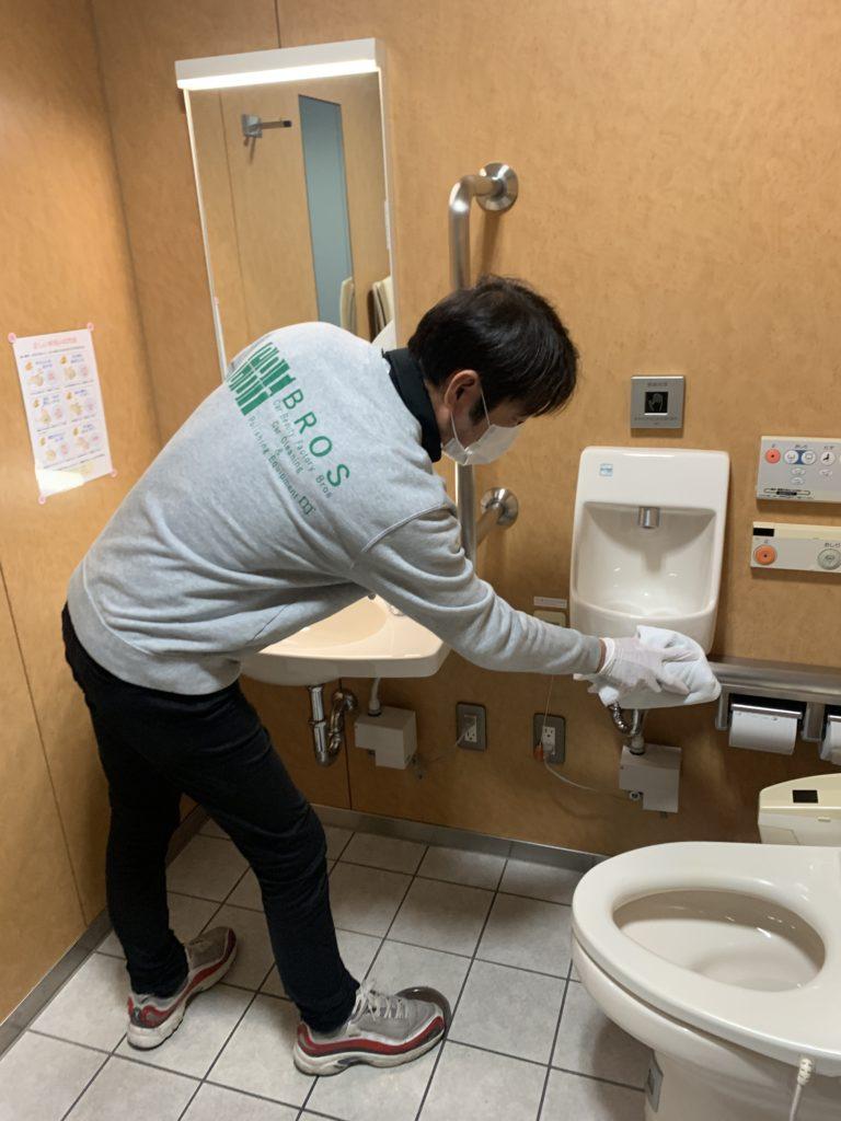東大阪市役所本庁舎の3ヶ月点検及び定期メンテナンス-3